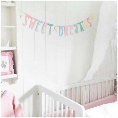 Pastelinių raidžių girlianda | A Little Lovely Company 2