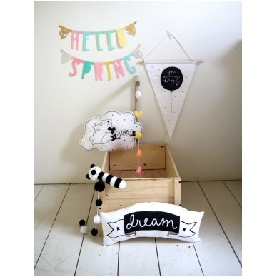 Pastelinių raidžių girlianda | A Little Lovely Company 4